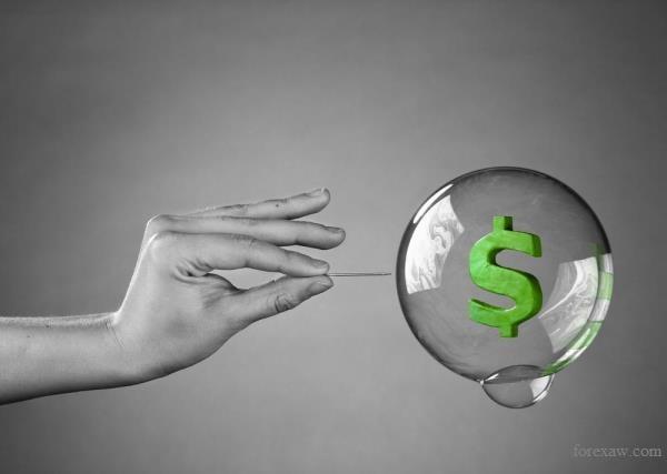 валютные тенденции уязвимы к политическим реалиям