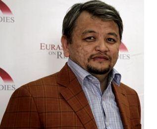Директор Института геополитических исследований Асылбек ИЗБАИРОВ