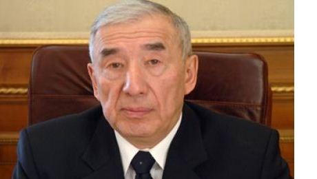 Мажилисмен Каирбек Сулейменов