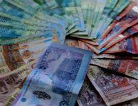 Тенге укрепился слабо. В Казахстане создается дополнительный спекулятивный спрос на доллары, похоже, со стороны российских игроков