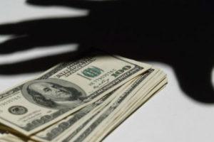 Дмитрий Котляр: Нежелание чиновников обнародовать доходы – яркий показатель «искренности» борьбы с коррупцией