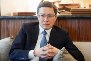 Фото акишев