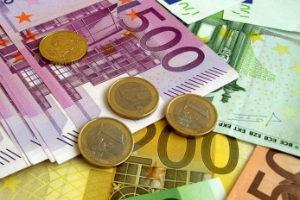 Минимальная зарплата во Франции равняется 23 минимальным зарплатам в Казахстане