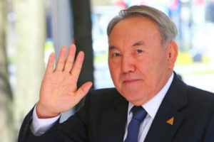 Нурсултан Назарбаев покинул группу «Президенты»