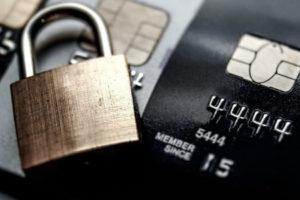 Как вернуть деньги, если они украдены мошенниками