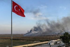 Великобритания призвала Турцию прекратить наступление в Сирии