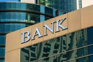 Как банкиры дружно «роняли» тенге в 2015 году