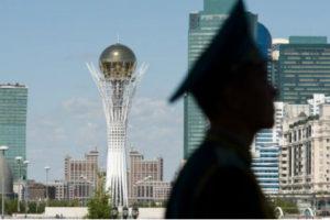 «Что такое специальные военные сборы и зачем Токаев призывает на них военнообязанных». «Этот год будет самым тяжёлым в истории современного Казахстана». «Почему нельзя вскрывать и как хоронят жертв коронавируса»