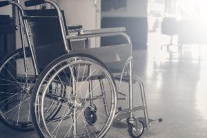 В работе с инвалидами государство гонится за дешевизной